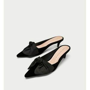 Zara  velvet shoe
